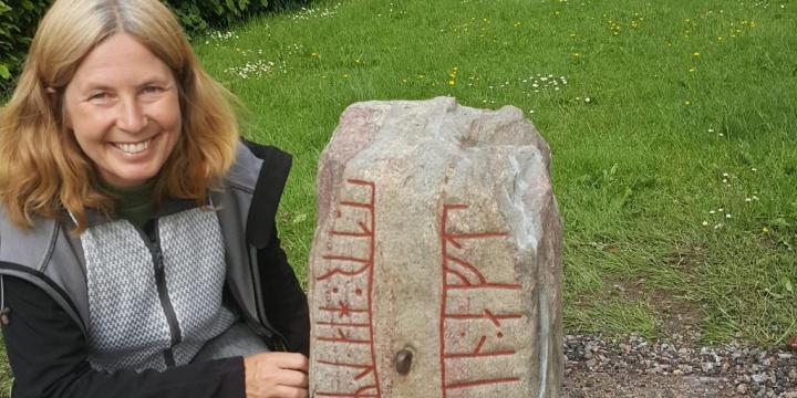 Urgammal-runsten-Jenny-Nord-antikvarie-hade-g-auml-rna-velat-veta-vem-som-till-auml-gnades.jpg